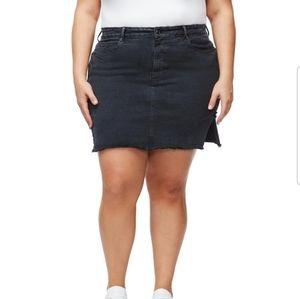 Good American Bombshell Skirt
